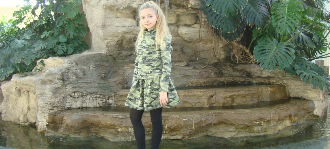 Deseń moro od kilku sezonów jest obecny w świecie mody. Dziewczęca wersja MORO.